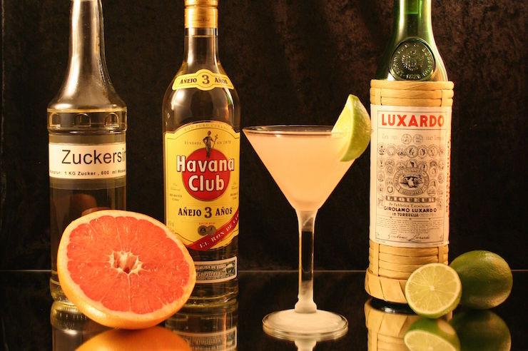 top cocktails cosmopolitan
